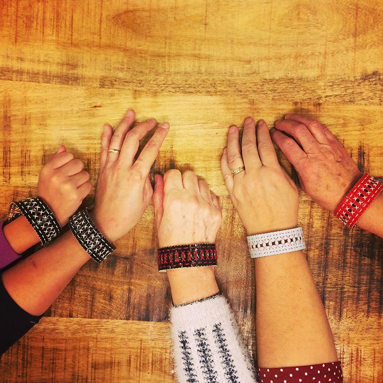 Atelier Vinyle Laqué Perforé® : Le bracelet